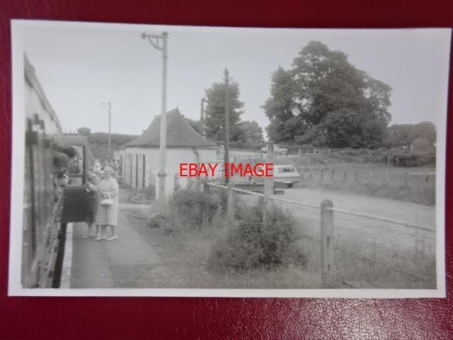 Kelmscott /& Langford Railway Station Photo Alvescot 2 Lechlade.
