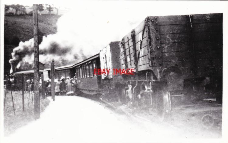 4 Thor/'s Cave Railway Station Photo Leek /& Manifold Valley Light Railway.